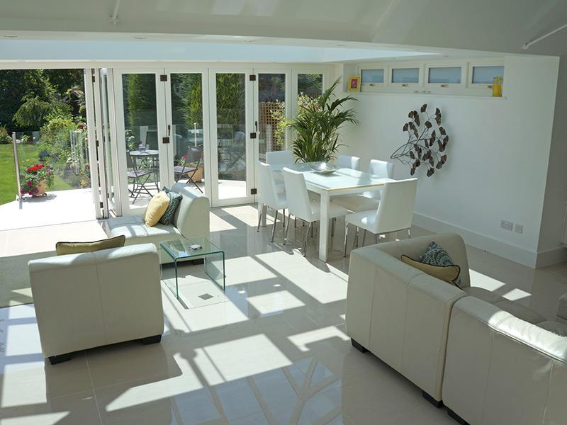cover-bifold-timber-doors-white-nine-panel-interior